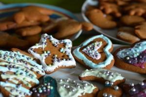 gingerbread-1091543_640