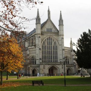 Winchester-walk_0029-cathedral
